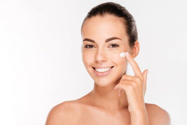 Rawat Kulitmu dengan 10 Krim Wajah dengan Kandungan Kolagen Tinggi dan Tips Memilih Produk Kosmetik yang Mengandung Kolagen