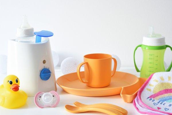 Hangatkan Susu Si Kecil Memakai 10 Rekomendasi Bottle Warmer Ini! (2020)