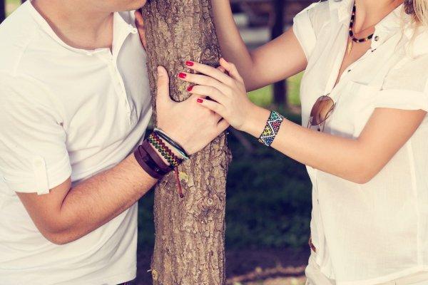 Makin Serasi Dan Kompak Dengan 8 Rekomendasi Gelang Couple Romantis