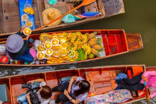 8 Rekomendasi Oleh-oleh Khas Bangkok yang Wajib Kamu Incar dan Bawa Pulang (2019)