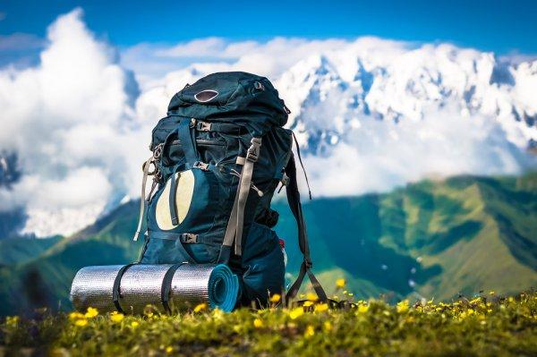 Senang Bertualang di Alam? 10 Rekomendasi Tas Carrier Terbaru Ini akan Mendukung Aktivitas Outdoor Favoritmu (2019)