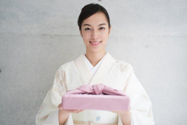 Jangan Pulang Dengan Tangan Hampa, Ini 9 Oleh Oleh Khas Jepang Yang Spesial
