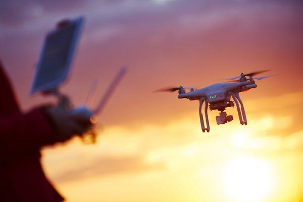 10+ Rekomendasi Drone Terbaik dengan Harga Terjangkau (2020)