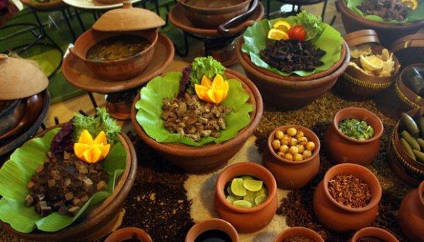 Berwisata ke Makassar? Jangan Lewatkan 14+ Makanan dan Minuman Khas Makassar yang Bisa Bikin Anda Ketagihan