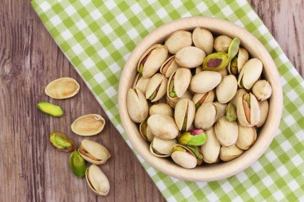 Kacang Pistachio yang Punya Segudang Manfaat Beserta Rekomendasi Produk Kacang Pistachio Terenak (2020)