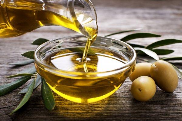 Gợi ý 10 sản phẩm từ dầu olive cải thiện và làm đẹp làn da hiệu quả (năm 2021)