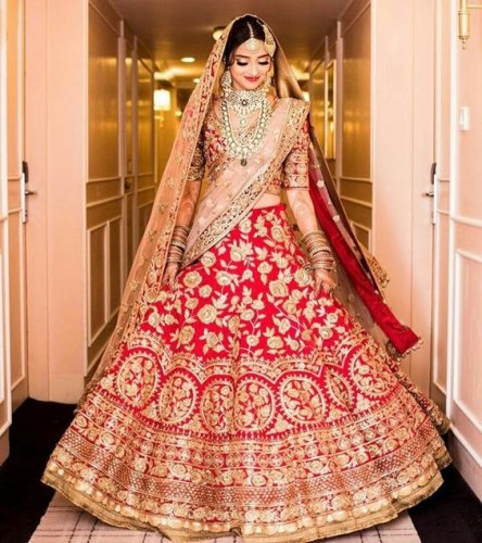 Move Over Boring Sarees And Lehengas Try Lehenga Style Sarees And Make A Style Statement 10