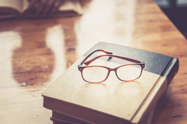 Wawasan Makin Bertambah dengan Membaca 10 Rekomendasi Buku Filsafat Berikut Ini