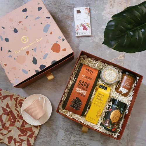 Gift Your Loved Ones a Delectable Assortment of Gourmet Tastes and Aromatic Memories, with Interesting Products from The Gourmet Box