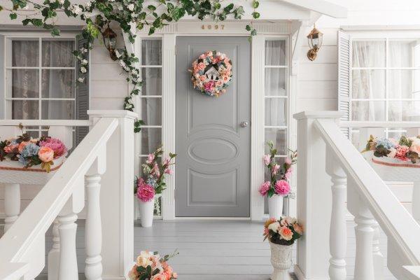 Bosan dengan Pintu Biasa? Coba Hias dengan 7 Rekomendasi Hiasan Pintu Lucu Berikut Ini (2019)