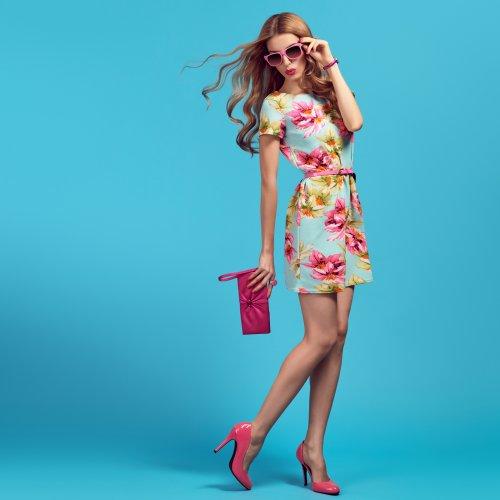 नयी ड्रेस अलमारी से निकली नहीं और पांच लोग वैसी ही ड्रेस पहने दिख गए? अगली बार ऑनलाइन खरीदना! ड्रेस खरीदारी के लिए १० सबसे उत्तम वेबसाइट (२०१९)