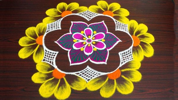 Need Some Help with Your Rangoli? Choose from These Amazing Makar Sankranti Rangoli Designs That Come with Useful Tips to Make Even Complicated Designs Seem Easy