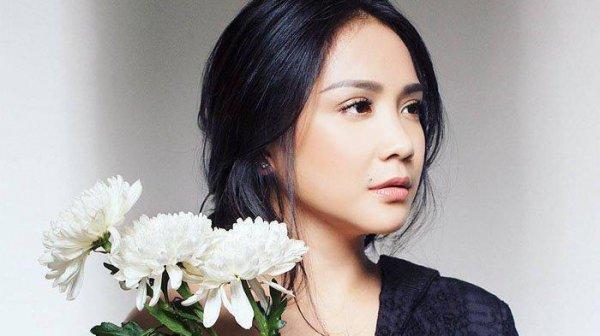 Dari Nagita Slavina sampai Syahrini, 12 Artis Wanita Ini Selalu Jadi Trendsetter dan Fashion Icon Indonesia yang Memukau