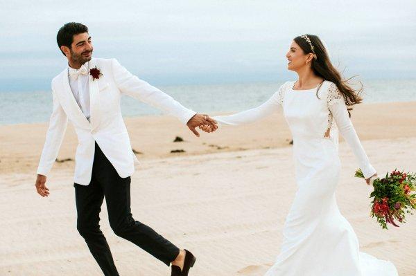 Jangan Asal Pilih Gaun Pengantin! 9 Rekomendasi Desainer Baju Pengantin Asal Indonesia Ini Punya Konsep yang Unik untuk Gaun Pernikahanmu