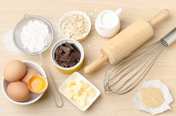 Ingin Memulai Membuat Kue, Ini 11 Rekomendasi Peralatan Buat Kue yang Wajib Anda Miliki
