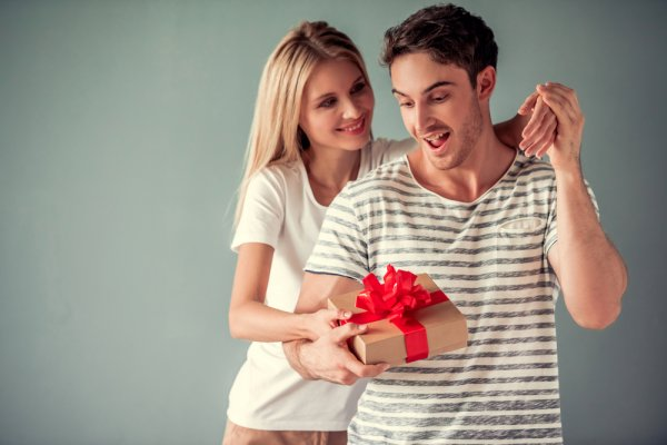 Let Your Man Know How Much of a Priority He is in Your Life with the Top 10 Unique Gifts for Your Boyfriend in 2019