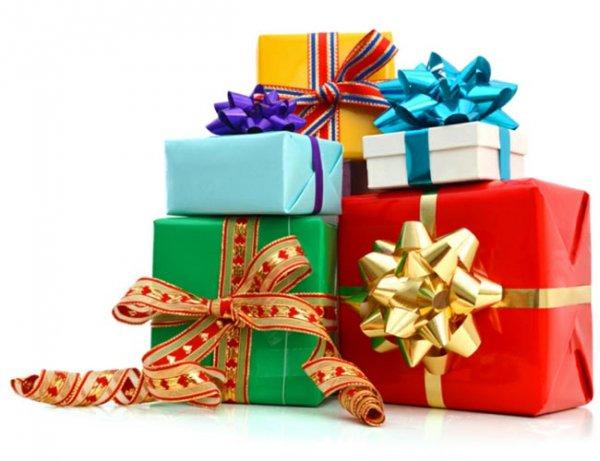 Semarakkan Hari Istimewa Bersama Wanita Terkasih dengan 10+Rekomendasi  Hadiah Natal Berikut Ini