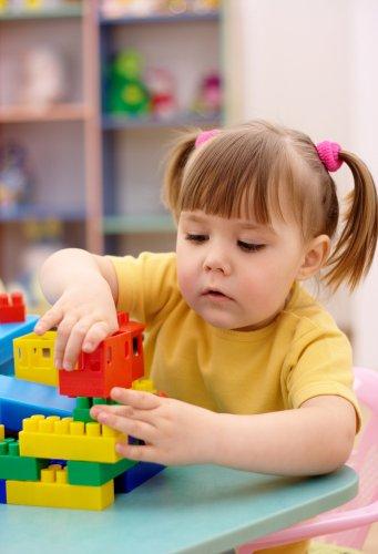 Ceriakan Dunia Si Kecil dengan 10 Rekomendasi Permainan Anak Berikut Ini