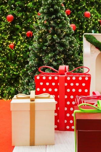 Ungkapkan Kasih Sayangmu dengan 10 Inspirasi Kado Natal untuk Sahabat