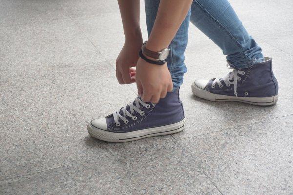 Cara Memilih Sepatu Converse All Star yang Asli dan 8 Pilihan Model Terbaru untuk Kamu!