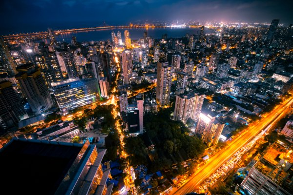 In a City That Never Sleeps, What To Do When Night Falls? Find Out The Best Things To Do in Mumbai at Night in This City Guide (2020)