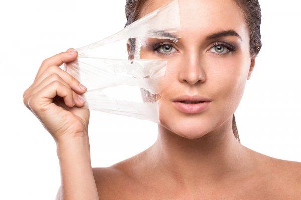Usir Flek Hitam dengan 10 Produk Kosmetik Ini