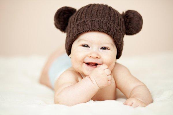 9 Model Topi Bayi Imut dan Favorit yang Akan Membuat Buah Hatimu Makin Terlihat Menggemaskan
