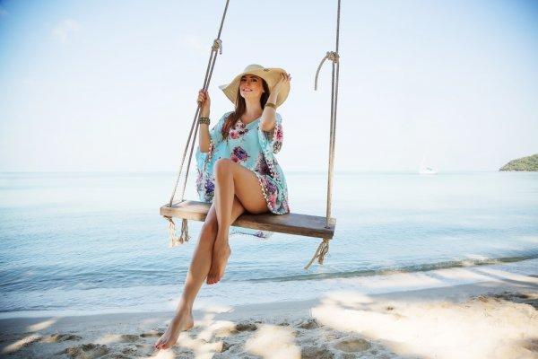 10 Gaun Panjang Terbaik untuk Berlibur di Pantai