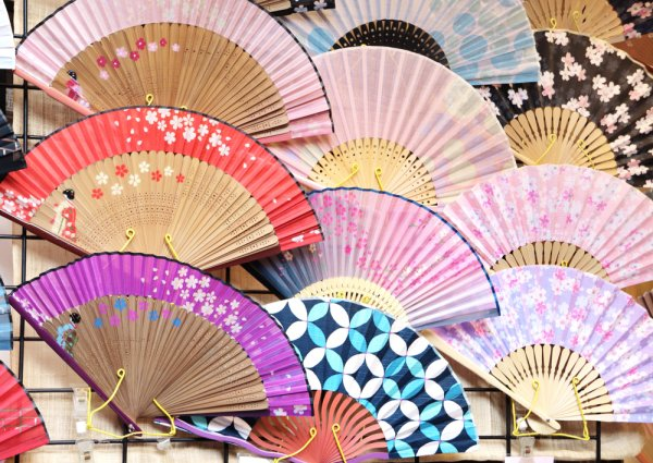 Berencana Liburan ke Shanghai? Cek Dulu 10 Rekomendasi Oleh-oleh dan Tempat Wisata Belanja di Shanghai China