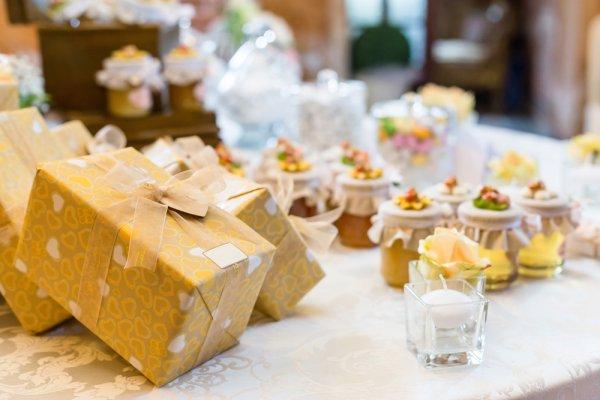10 Pilihan Souvenir Cantik yang Akan Membuat Tamu Acara Pernikahanmu Makin Terkesan