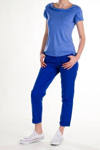 6 Rekomendasi Celana Chino Wanita Keren Yang Akan Membuatmu Tampak Stylish (2017)