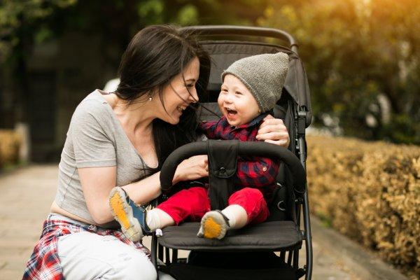 Mau Bayi Lebih Nyaman saat Jalan-jalan? Cek 10 Rekomendasi Stroller Pliko untuk Anda dan Buah Hati (2020)