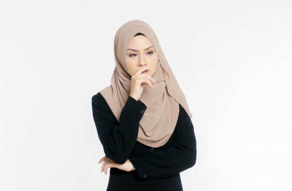 Cermat Memilih Jilbab Murah serta Rekomendasi 5 Jilbab Berkualitas dan 5 Tempat untuk Membelinya