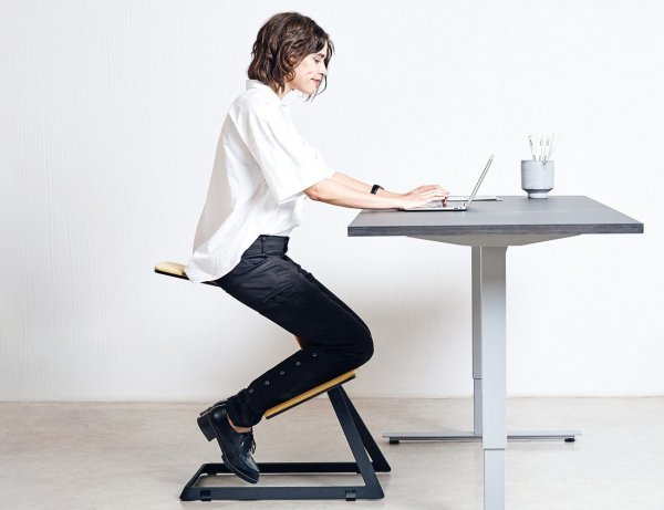 Ready to Give Your Work Space a Makeover(2021)?  10 Best Ergonomic Desk to Provide Maximum Comfort for the User, Increasing Focus, and Work Productivity.