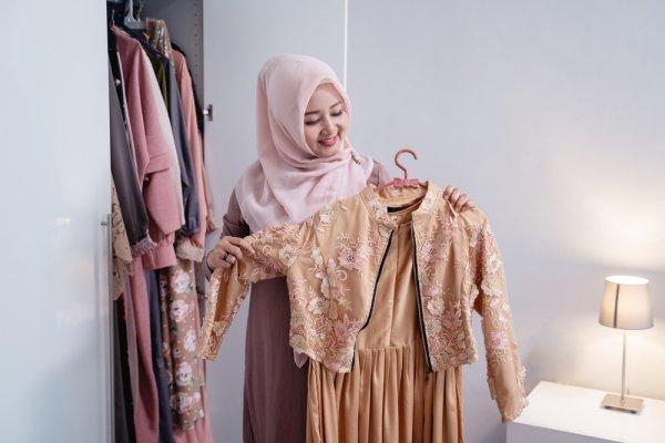10 Rekomendasi Gamis Kekinian agar Kamu Makin Pede dengan Fashion Muslimahmu (2021)