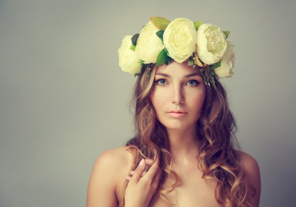 7 Tipe Aksesoris Pelengkap Gaya Wanita Modern. Penasaran?