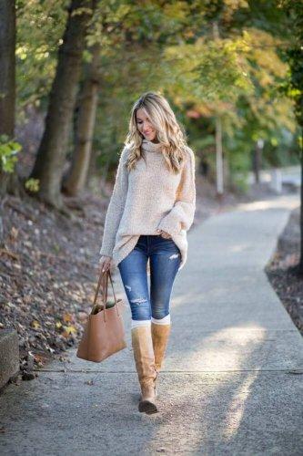 Makin Trendi di Musim Hujan dengan 8 Rekomendasi Sweater Flava