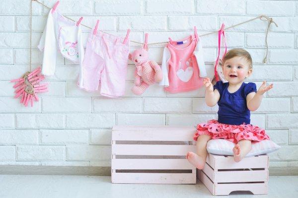 10 Pilihan Pakaian Bayi Perempuan dan Laki-laki yang Menggemaskan