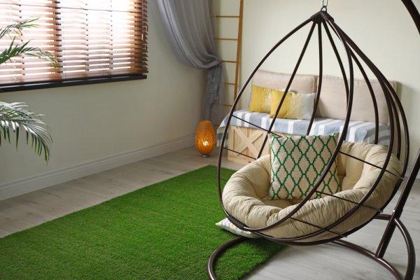 Ciptakan Suasana Asri di Rumah dengan 10 Rekomendasi Karpet Rumput Sintetis untuk Memperindah Interior (2020)