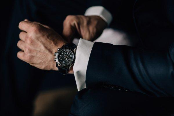 Pengen Punya Jam Tangan Brietling? 6 Model ini Layak Anda Pakai