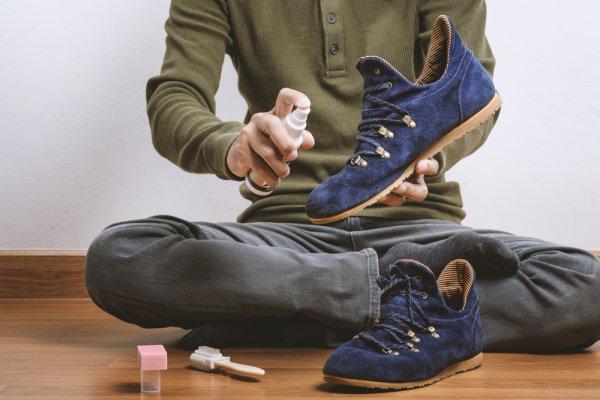 Tips Membersihkan Sepatu yang Tepat Beserta 10+ Rekomendasi Pembersih Sepatu Terbaik 2019