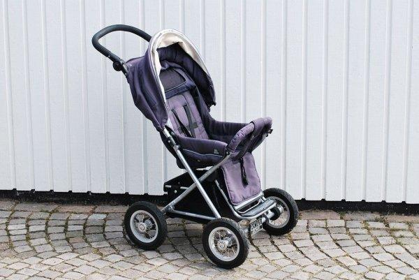 Sedang Menunggu Lahirnya Buah Hati? Simak 10 Rekomendasi Stroller Bayi Terbaik Ini (2020)