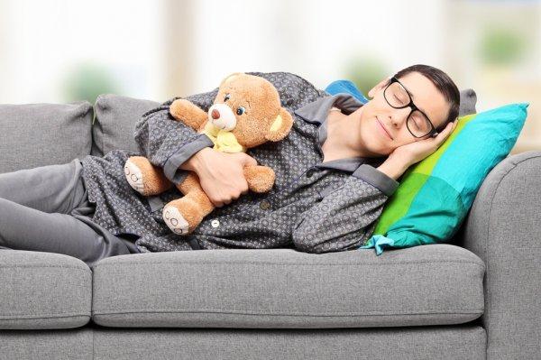 Dapatkan Kualitas Tidur Optimal Dengan 8 Model Baju Tidur Pria Yang Nyaman Dikenakan