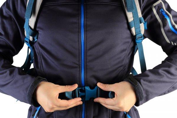 Bergaya di Musim Penghujan dengan 9 Rekomendasi Jaket Parasut untuk Pria