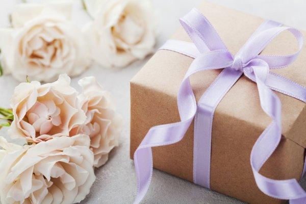 Tak Perlu Malu, Ini 10 Inspirasi Kado Pernikahan Untuk Diberikan Pada Sang Mantan
