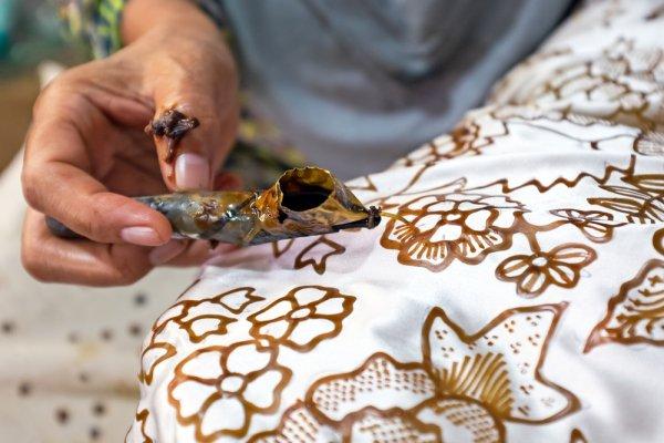 Inilah 10 Kain Baju Adat Tradisional Indonesia Terindah Yang Kamu Perlu Tahu