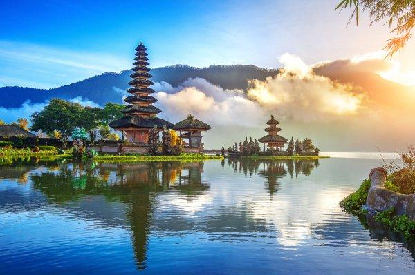 Kamu Tinggal di Bali? Cek Dulu 10 Rekomendasi Hotel Buat Staycation di Bali dari BP-Guide ini!