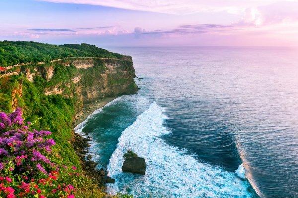 12 Rekomendasi Oleh-Oleh Unik Indonesia yang Kudu Dibawa Saat ke Luar Negeri
