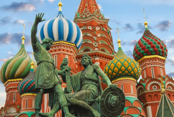 Menikmati Indahnya Rusia dan Jangan Lupa Membawa Pulang 10 Rekomendasi Oleh-oleh ini!
