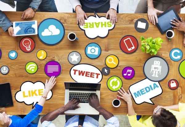 Inilah 7 Alasan Sosial Media Bikin Depresi Banyak Orang! (2020)